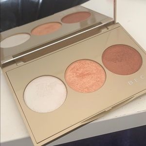 Limited edition Jaclyn hill Becca holiday palette